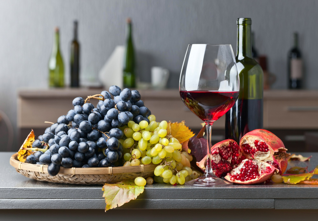 wine and fruits 2.jpg
